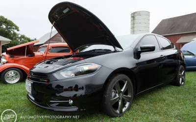 038_com_2013_dodge_dart_black