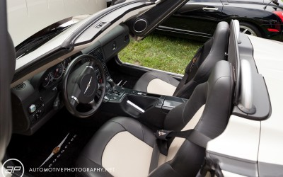 055_chrysler_crossfire_roadster_interior_custom_com