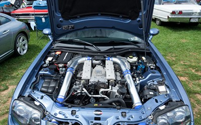084_chrysler_crossfire_srt6_engine_com