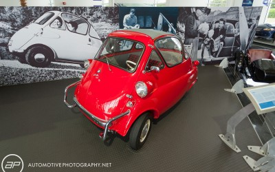 BMW 1955 Isetta Red