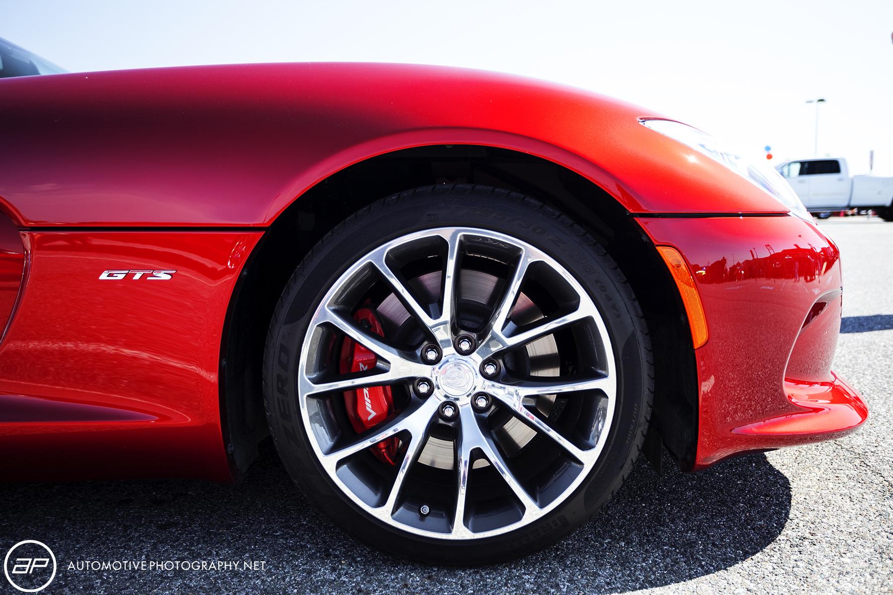 Dodge Viper GTS - Red