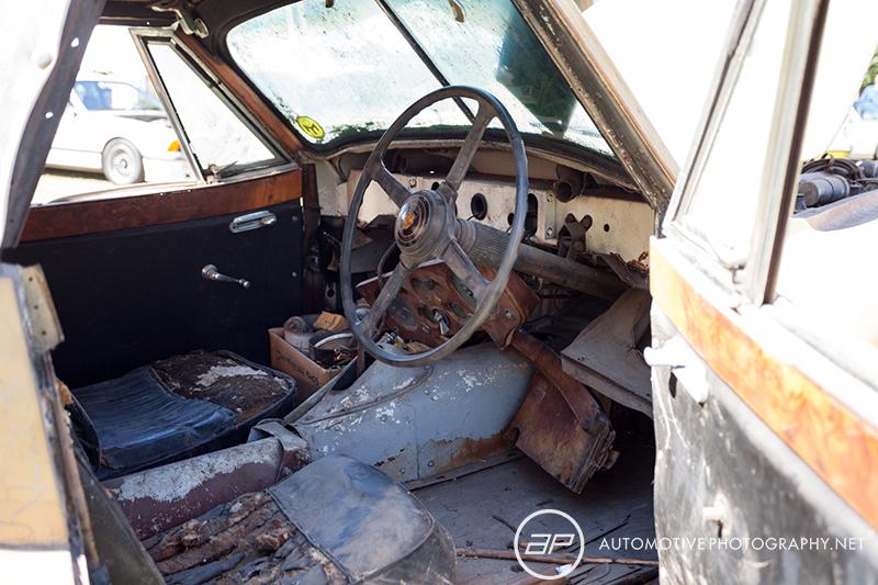 Jaguar XK 120 Coupe - Barn Find - Interior