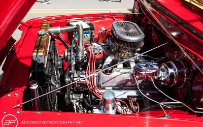 1956 Ford F100 Pickup Truck Red - Engine